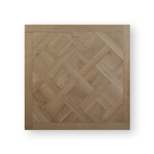 Authentic top of the range parquet in Versailles panels made from solid aged oak by Maison & Maison.