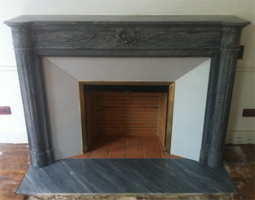 Fireplace 39 s marble hearth floors for Floor hearth
